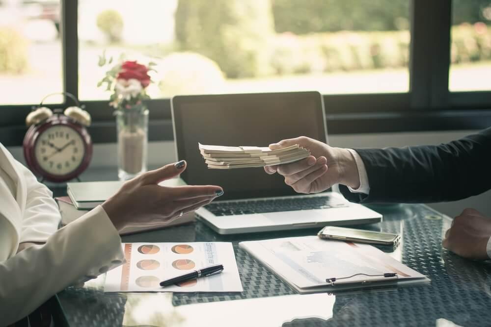 Artikel Finansial Perusahaan