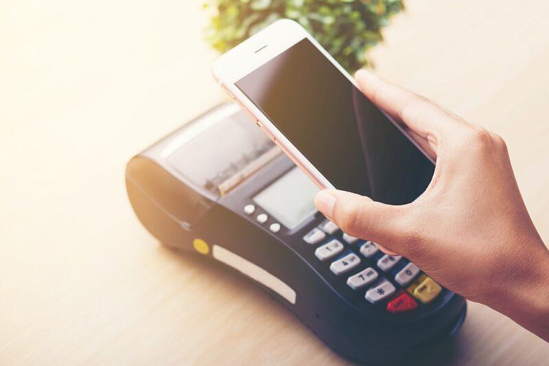 resiko penggunaan uang elektronik adalah