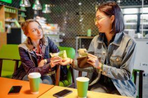 Tips Menghadapi Teman yang Suka Berhutang (Dijamin Ampuh)